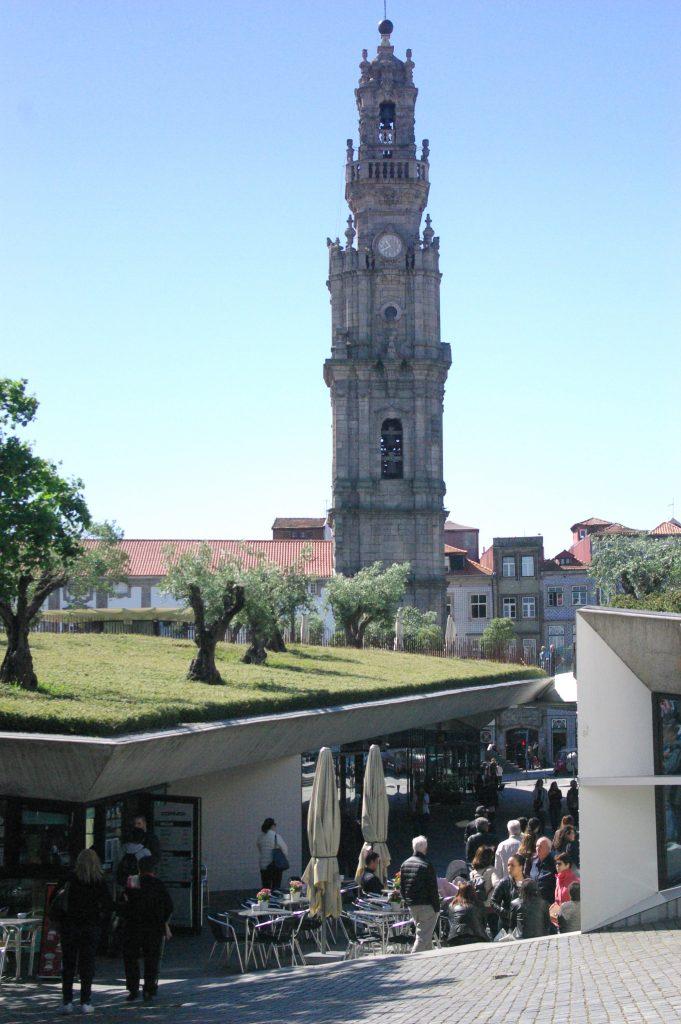 Clerigo Tower